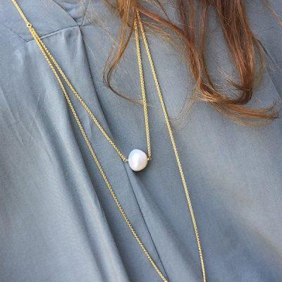 Chloe necklace and shirt - danaigiannelli - Αντιγραφή